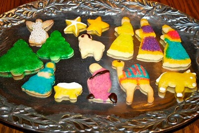 UMW Christmas Brunch and Cookie Tray Assembly